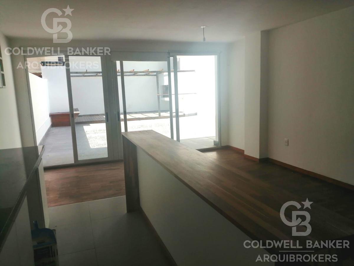 Foto Apartamento en Alquiler en  Pocitos ,  Montevideo  Apartamento 2 dormitorios Pocitos con patio y garaje en venta o alquiler