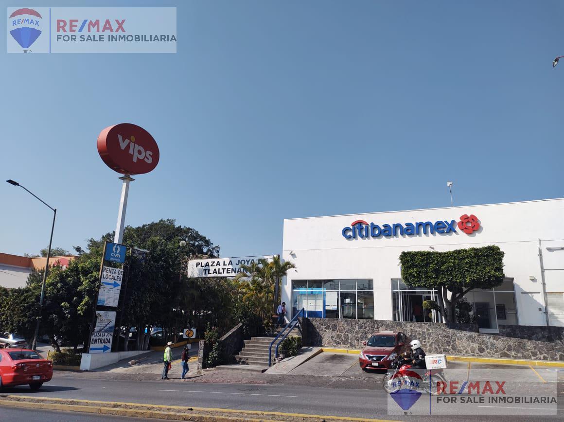 Foto Local en Renta en  Tlaltenango,  Cuernavaca  Renta de local en Plaza Comercial Av. Zapata, Cuernavaca…Clave 3399