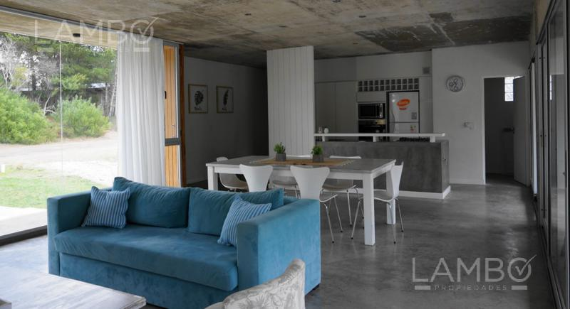 Foto Casa en Venta | Alquiler temporario en  Costa Esmeralda,  Punta Medanos  ALQUILER TEMPORARIO VERANO 2021 -  Costa Esmeralda