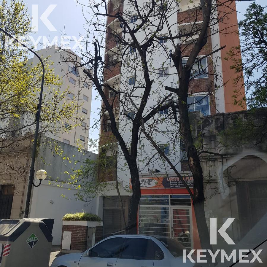 Foto Departamento en Alquiler en  La Plata,  La Plata  Departamento 9 entre 59 y 60
