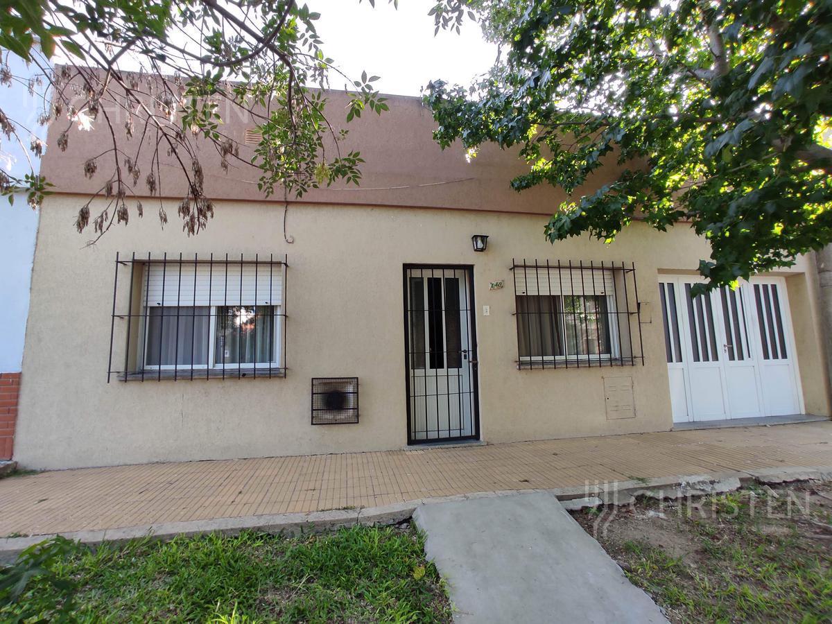 Foto Casa en Venta en  Guadalupe,  Santa Fe  Pedro de Vega al 900
