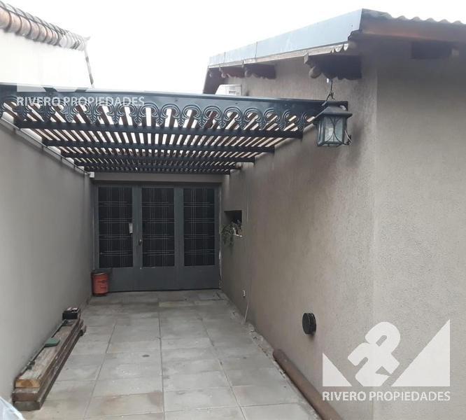 Foto Casa en Venta en  Ituzaingó Norte,  Ituzaingó  Barbosa  2800
