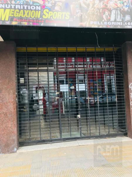 Foto Local en Alquiler en  Lomas de Zamora Oeste,  Lomas De Zamora  Pellegrini al al 100