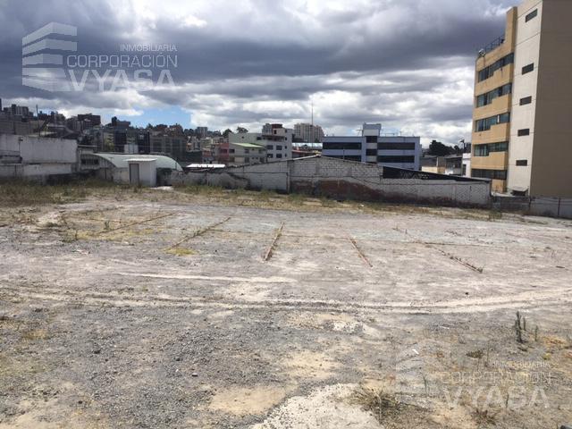 Foto Terreno en Venta en  Norte de Quito,  Quito  Av. Naciones Unidas - Plaza De Las Américas - Constructores, espectacular terreno de 1.900 m2. en venta
