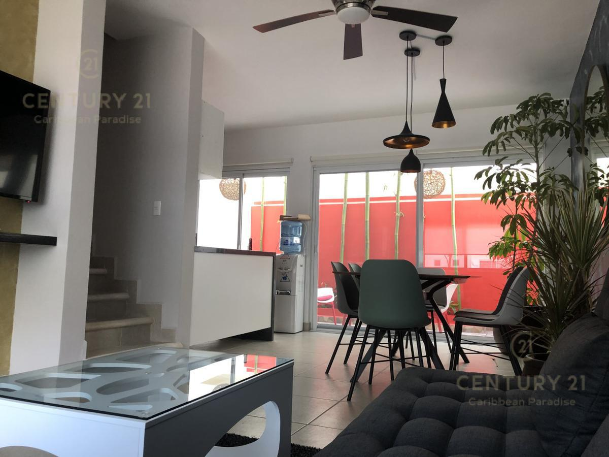 Playa del Carmen House for Sale scene image 28