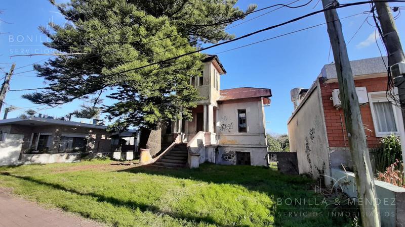 Foto Casa en Venta en  Piriápolis ,  Maldonado  Ayacucho y Uruuguay