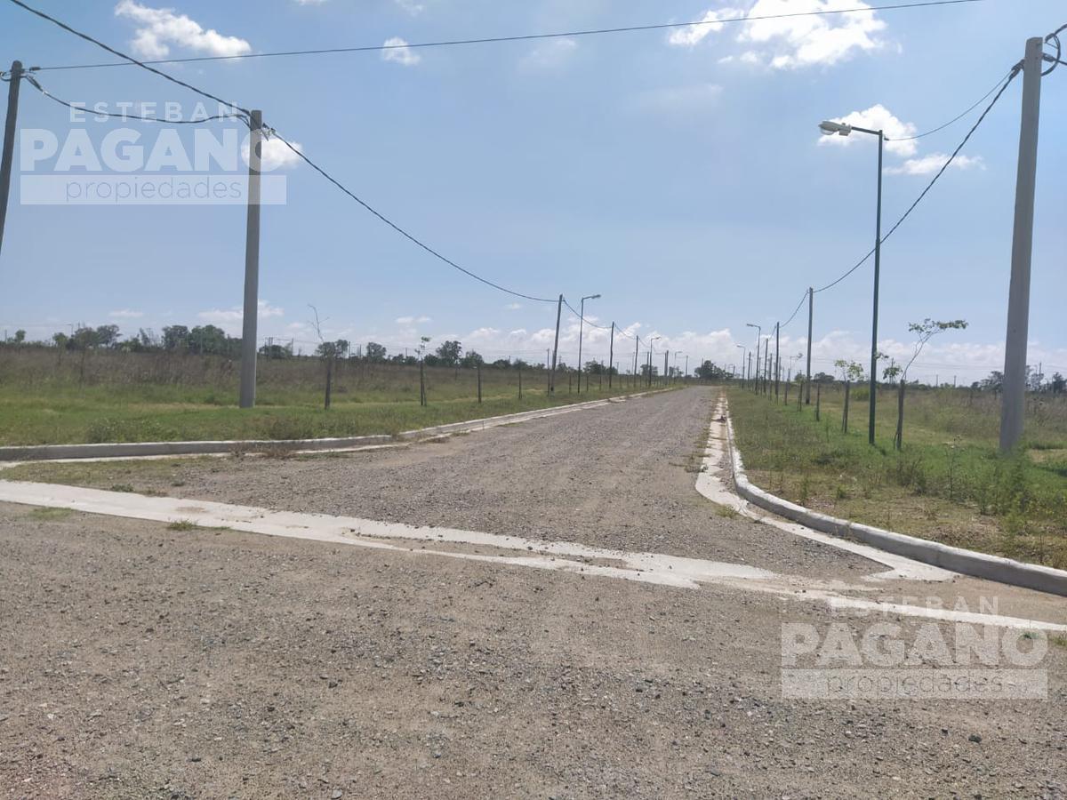 Foto Terreno en Venta en  La Plata ,  G.B.A. Zona Sur  10 e 457 y 458 Barrio el Quimilar
