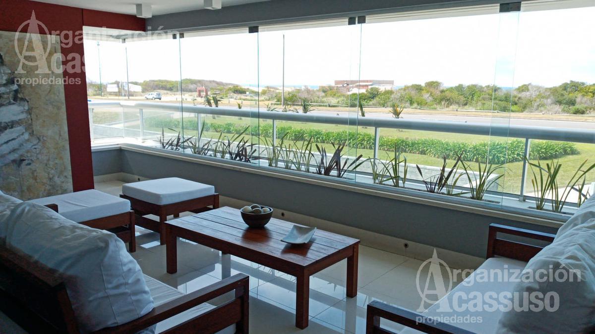 Foto Departamento en Alquiler en  Playa Brava,  Punta del Este  Rambla Brava Punta del Este edificio Indigo