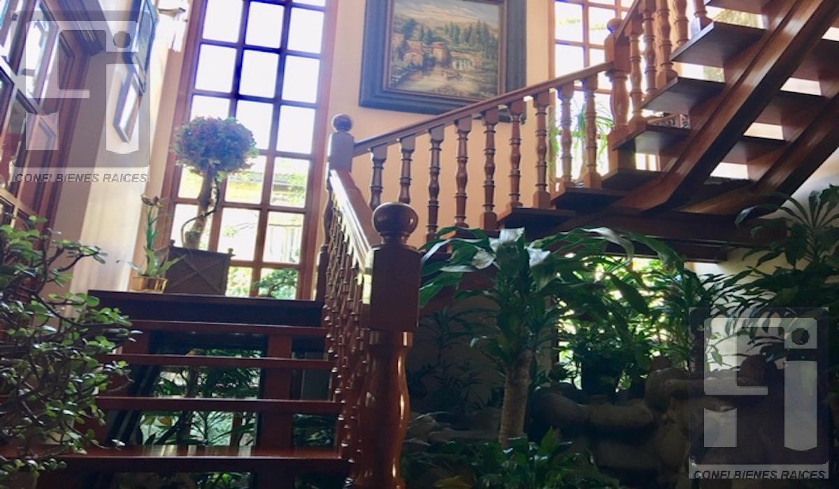 Foto Casa en Venta en  Miguel Hidalgo ,  Ciudad de Mexico  Casa en Lomas de Chapultepec en Venta -Parte Alta