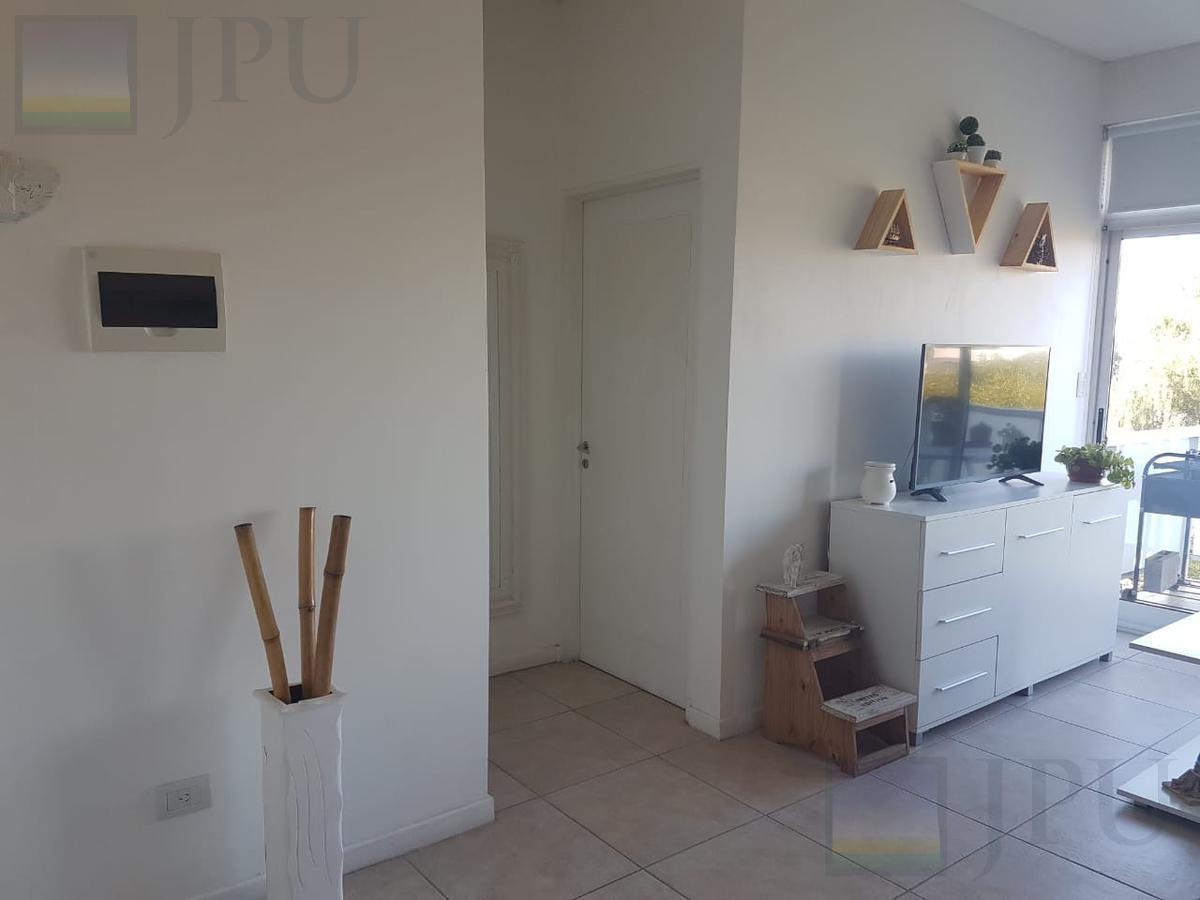 Foto Departamento en Venta en  La Mora,  Countries/B.Cerrado (Tigre)  Guemes al 2000 Barrio La Mora  3 N Guemes