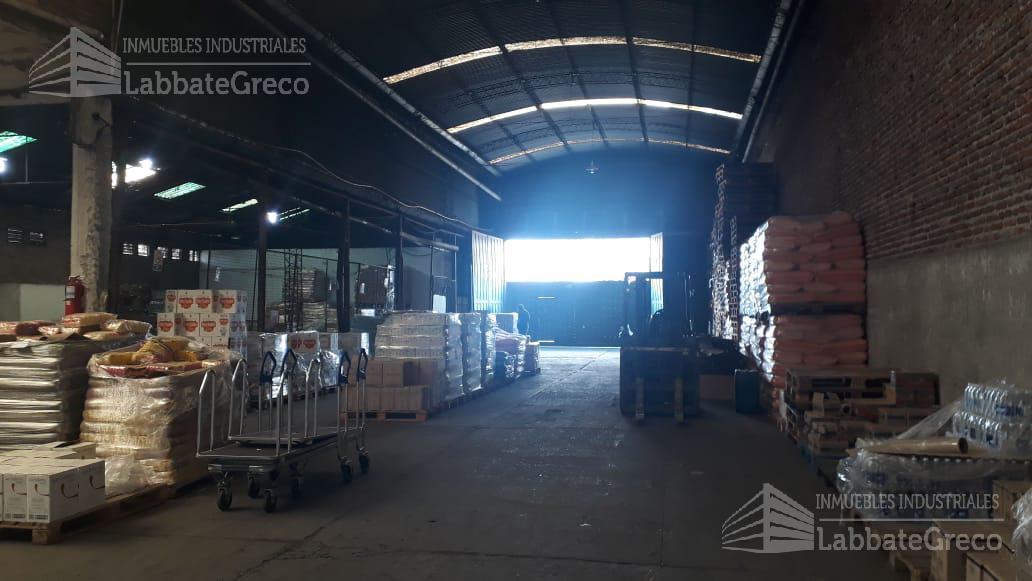 Foto Nave Industrial en Alquiler en  Villa Ballester,  General San Martin  Cuba al 4600