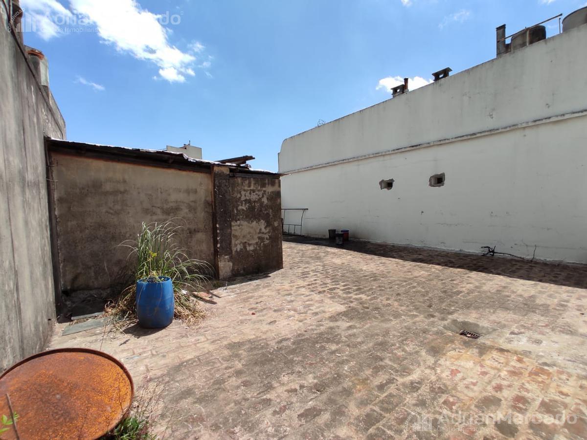 Foto Galpón en Alquiler en  Saavedra ,  Capital Federal  Av. Dr. Ricardo Balbín al 4300