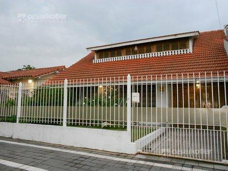 Foto Casa en Venta en  Temperley Este,  Temperley  ARROYITO 223