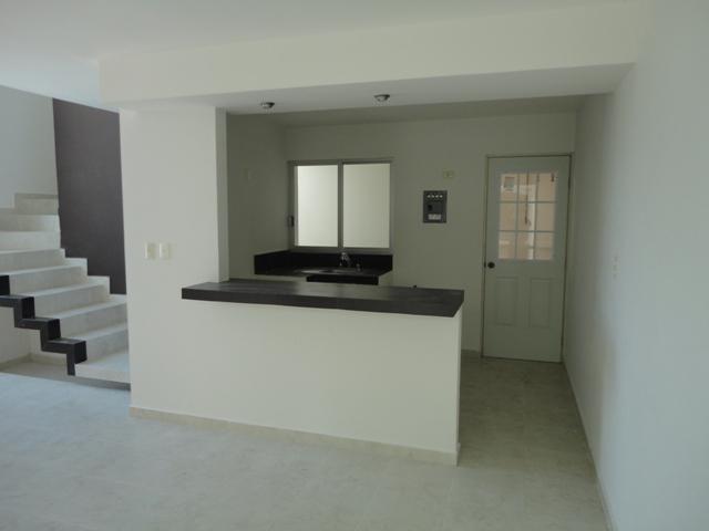 Foto Casa en Venta en  Pensiones Del Estado,  Coatzacoalcos  Av. Abraham Zabludowsky