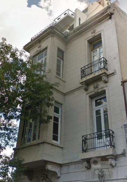 Foto Hotel en Venta en  Barracas ,  Capital Federal  Tacuari al 1700