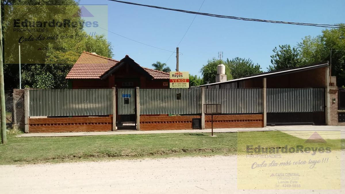 Foto Casa en Venta en  Valdevez,  Tristan Suarez  SALVADOR DE MAIO 645