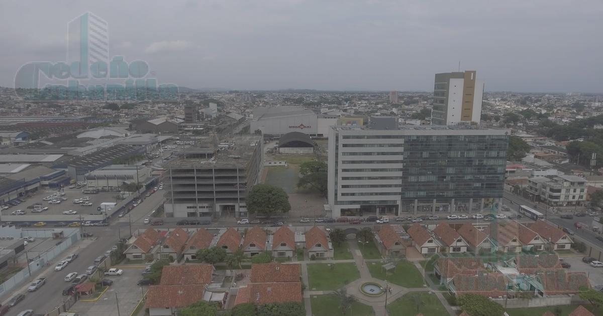 Foto Terreno en Venta |  en  Norte de Guayaquil,  Guayaquil  VENTA DE TERRENO COMERCIAL ZONA CITY MALL
