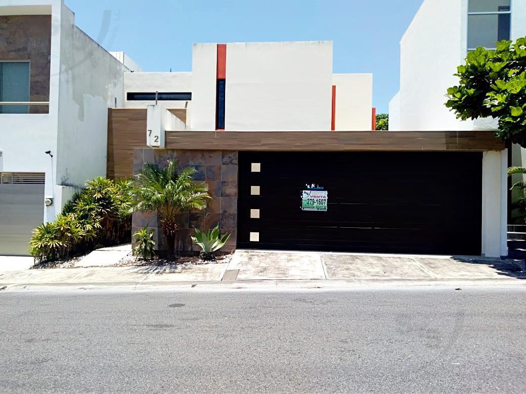 Foto Casa en Venta en  Lomas Diamante,  Alvarado  Casa en venta en Fracc. Lomas Diamante. VERACRUZ, VER.