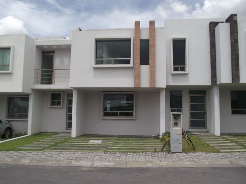Foto Casa en Venta en  Fraccionamiento Punta Azul,  Pachuca  CASA NUEVA, RESIDENCIAL PUNTA PONIENTE