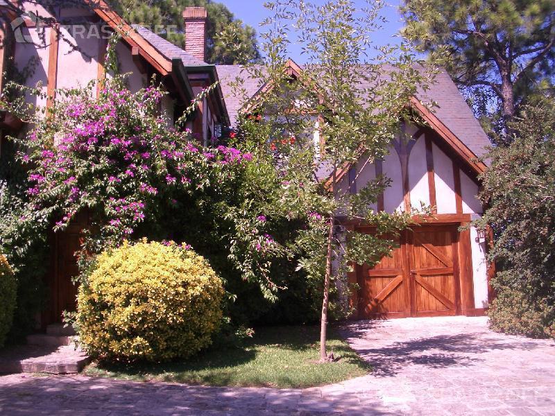 Casa--Highland Park-ALBINO
