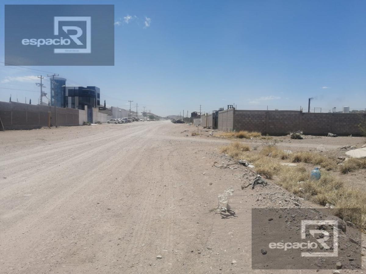 Foto Terreno en Venta en  Zona industrial Robinson,  Chihuahua  TERRENO EN VENTA PARA BODEGAS CERCA DE CENTRAL DE ABASTOS FRENTE A CARBEL