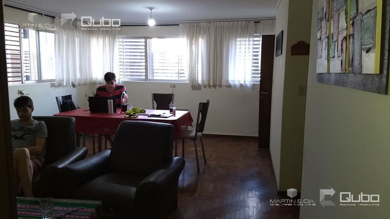 Foto Departamento en Venta en  Nueva Cordoba,  Capital  Av.Hipólito YrigoyeN 500, 4 C