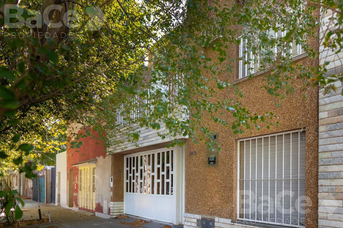 Foto Casa en Venta en  Remedios de Escalada de San Martin,  Rosario  Carriego al 1200