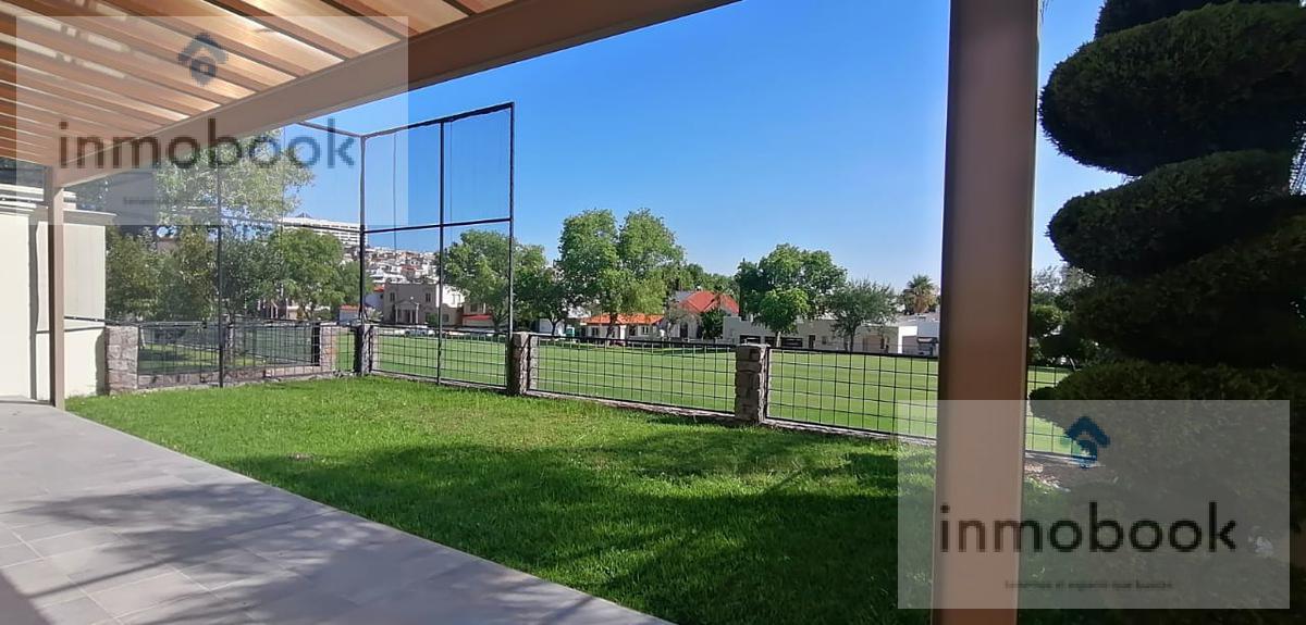 Foto Casa en Venta en  Residencial Country Club San Francisco,  Chihuahua  Casa en Venta Club San Francisco  Campo de Golf
