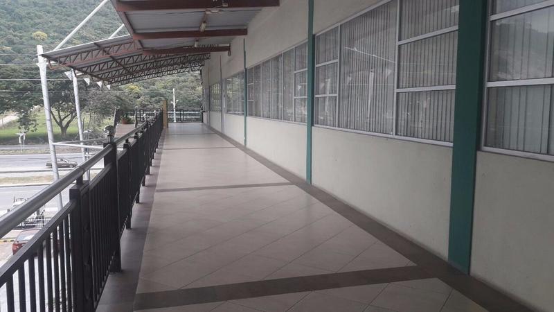 Foto Oficina en Venta |  en  Norte de Guayaquil,  Guayaquil  VENTA DE OFICINA COMERCIAL EN VÍA A LA COSTA