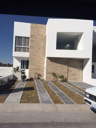 Foto Casa en Venta en  Juriquilla,  Querétaro  CASA EN VENTA EN JURIQUILLA, EN GRAND JURIQUILLA