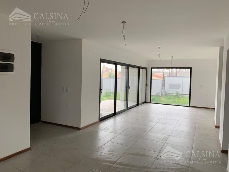 Foto Casa en Venta en  Cordoba Capital ,  Cordoba  Albert Sabin esq. Roland Ross, Arguello, Cordoba