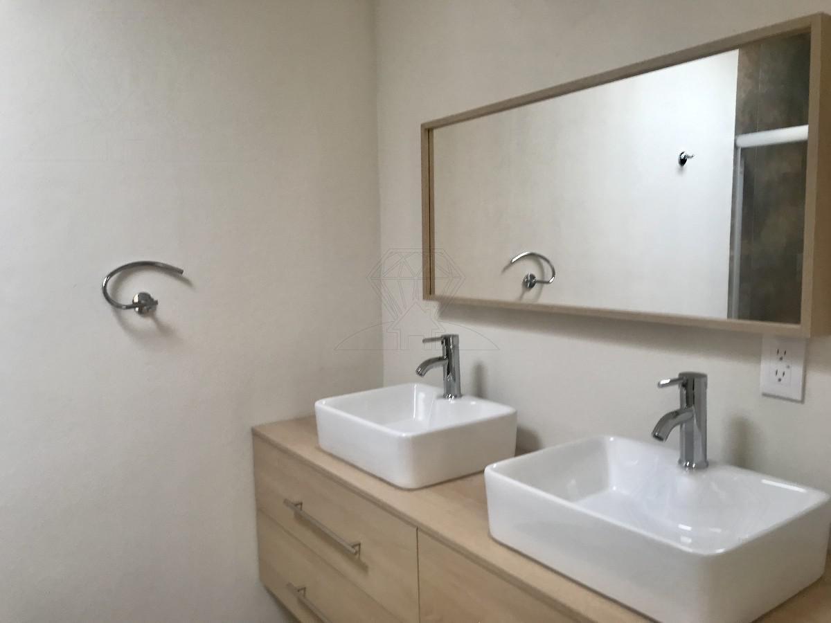 Foto Casa en condominio en Venta en  Bosque Real,  Huixquilucan  Casa nueva en venta, Cda. de la Cañada Puerta del Sol (MC)