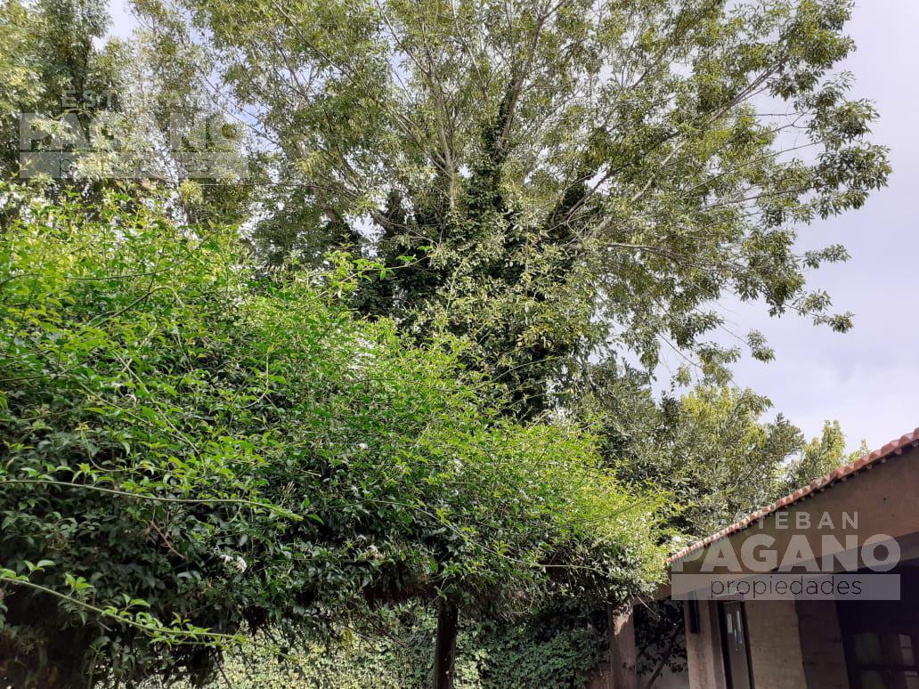 Foto Casa en Venta en  City Bell,  La Plata  135 e/ 472 y 473
