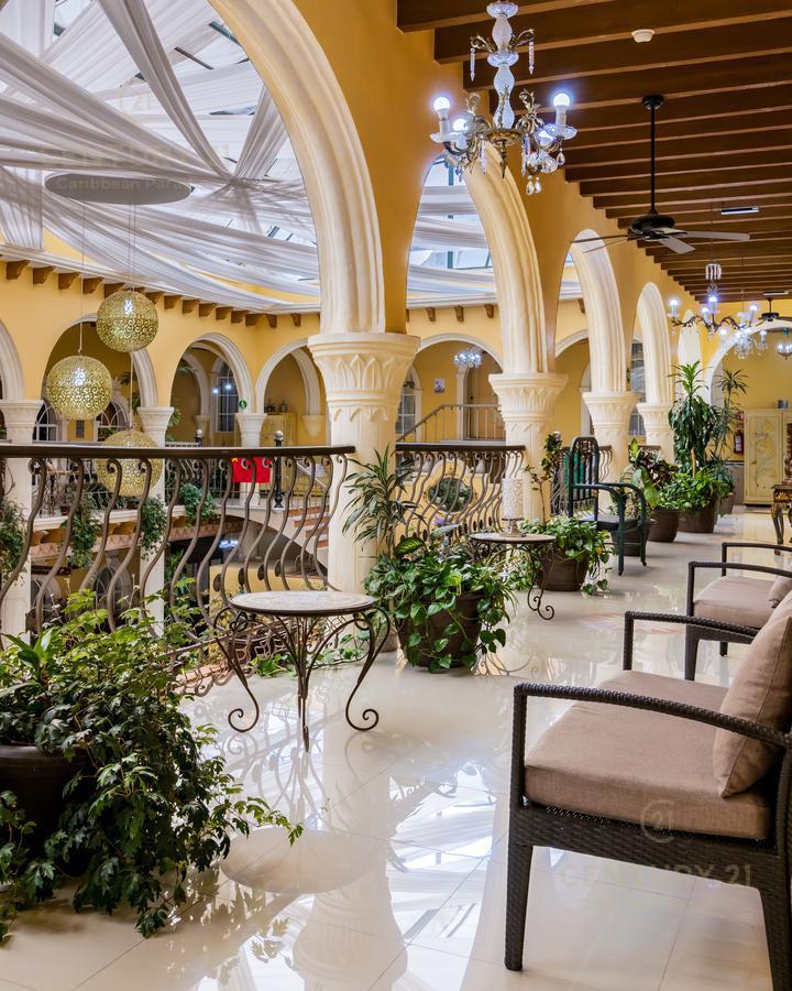 Rafael Lucio Hotel for Venta scene image 5