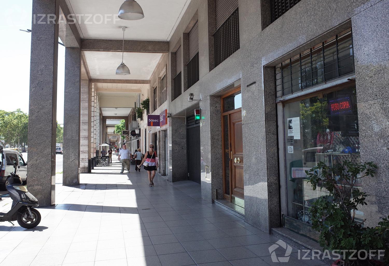 Departamento-Alquiler-Recoleta-Del Libertador al 900 y Callao