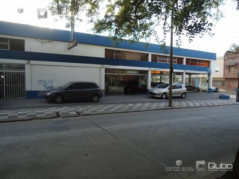 Foto Local en Alquiler en  Cordoba Capital ,  Cordoba  Marcelo T. de Alvear  al 1100