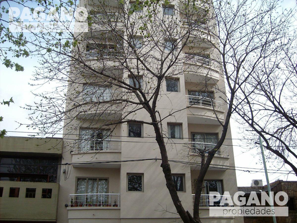 Foto Cochera en Venta en  La Plata ,  G.B.A. Zona Sur  15 E/60 y 61 N°1389