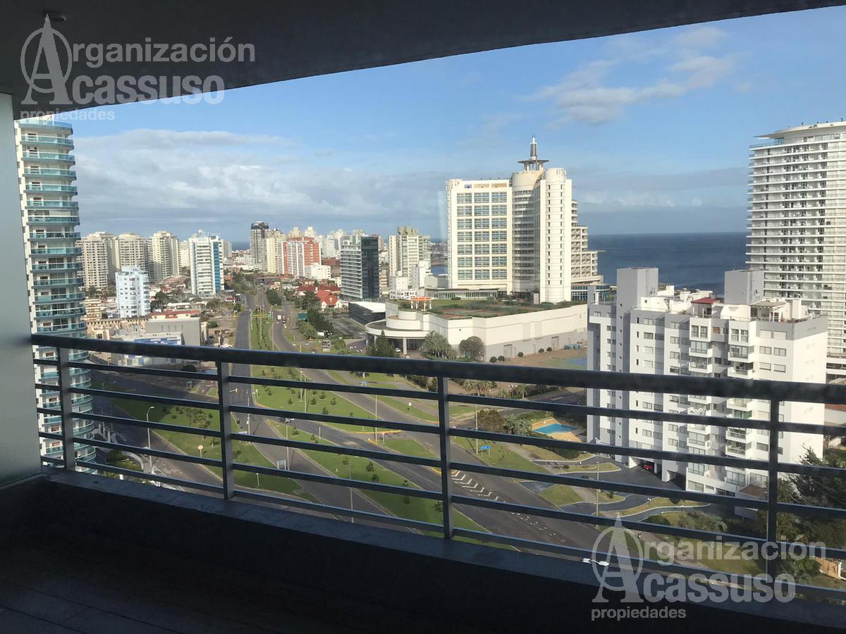Foto Departamento en Venta en  Punta del Este ,  Maldonado  Boulevard Artigas