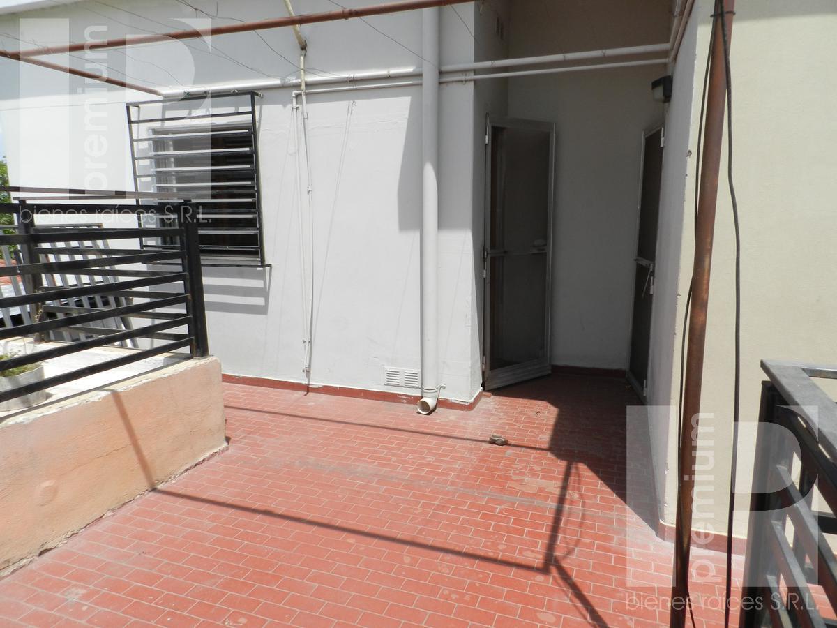 Foto Casa en Alquiler en  José Hernández,  San Francisco  España al 1556 PLANTA ALTA
