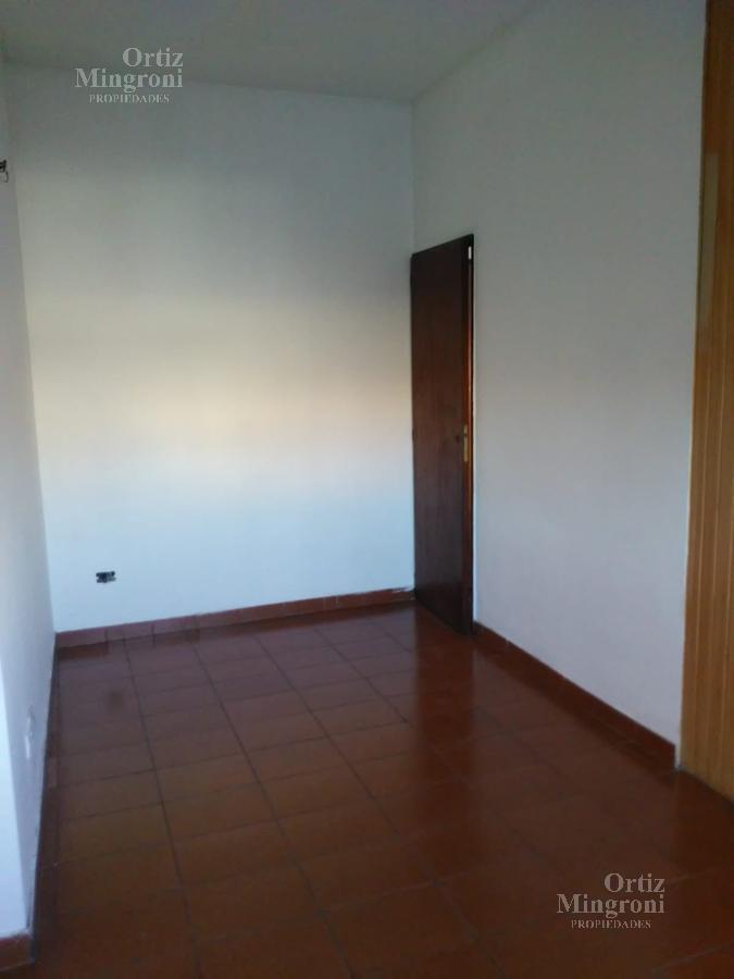 Foto Departamento en Venta en  Lanús Oeste,  Lanús  Yrigoyen al 4800