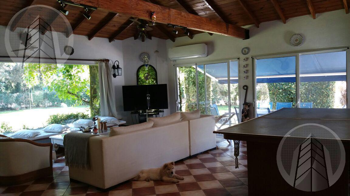 Foto Casa en Venta en  Mapuche C.C,  Countries/B.Cerrado (Pilar)  Impecable Casa en Mapuche CC Pilar Km 47