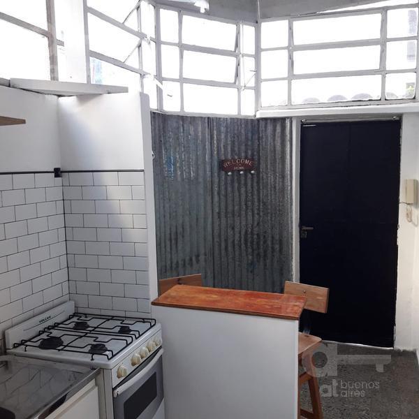 Foto PH en Alquiler temporario en  San Telmo ,  Capital Federal  Estados Unidos al 700