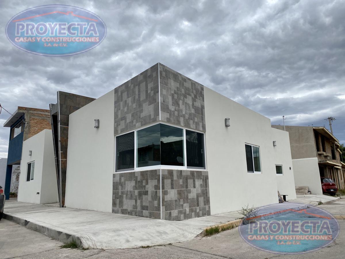 Foto Casa en Venta en  Fraccionamiento Paseo del Saltito,  Durango  CÓMODA CASA DE UN NIVEL EN ESQUINA EN FRAC PRIVADO