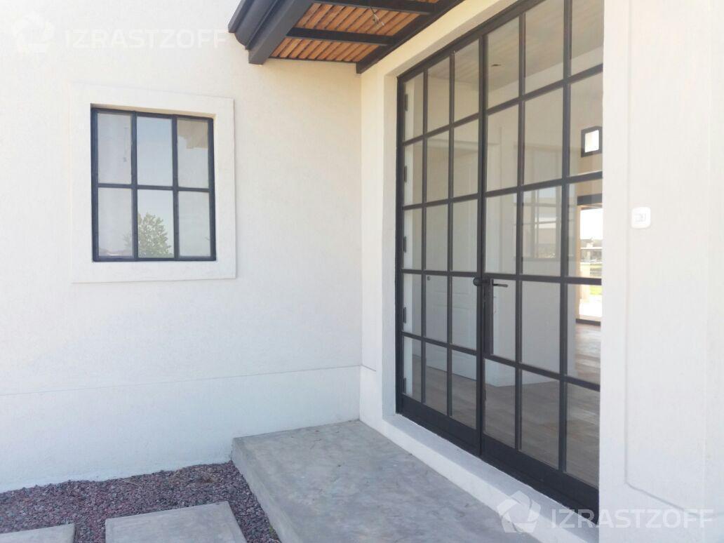 Casa-Venta-San Rafael-Práctica casa en una planta