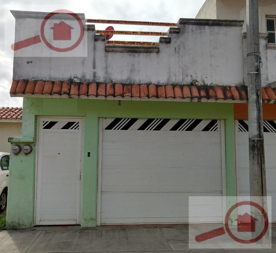 Foto Casa en Venta en  Conjunto habitacional Residencial El Campanario,  Veracruz  CASA EN VENTA  FRACC. CAMPANARIO  ZONA NORTE