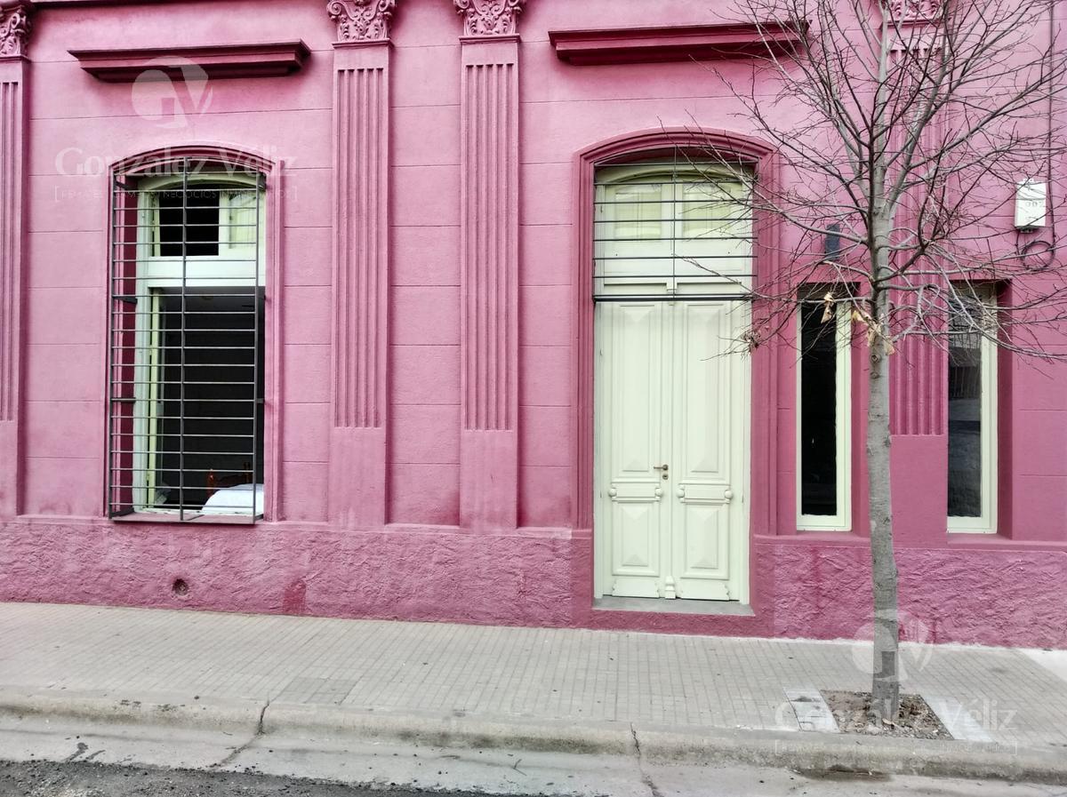 Foto Casa en Venta en  Zona centro,  Carmelo  33 entre Zorrilla y Carmen
