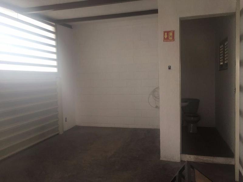 Foto Local en Renta en  Loma Bonita,  Querétaro  Bodega en renta en Loma bonita