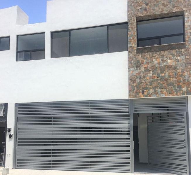 Foto Casa en Venta en  Cumbres Elite,  Monterrey  CASA EN VENTA ZONA CUMBRES ELITE 8VO SECTOR MONTERREY