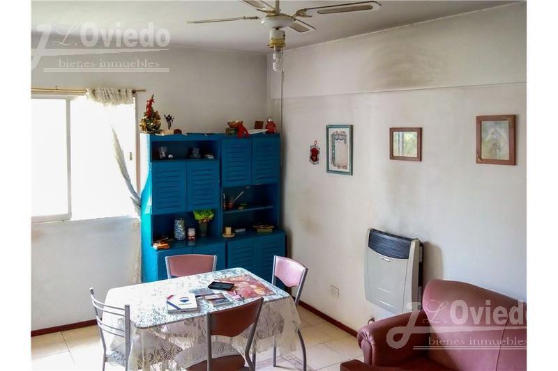 Foto Departamento en Venta en  Villa Santos Tesei,  Hurlingham  Bradley al 300
