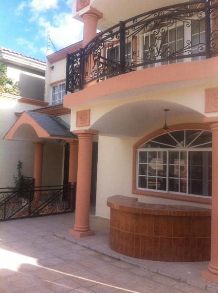 Foto Casa en Venta en  Las Lomas del Guijarro,  Distrito Central  Casa Lomas Del Guijarro Circuito Cerrado Tegucigalpa